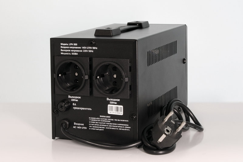 Стабилизатор напряжения релейного типа LOGICPOWER LPH-500RD - 1